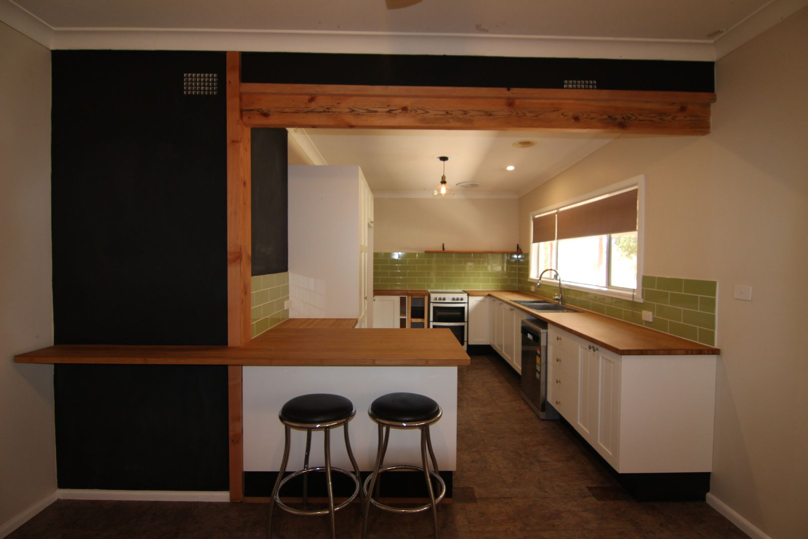 Sutherlin/318 Belgravia Road, Mullion Creek NSW 2800, Image 2