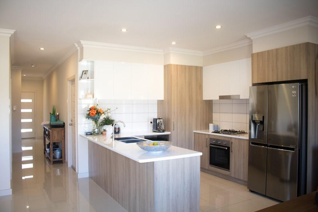 17 Young Avenue, Port Noarlunga SA 5167, Image 1