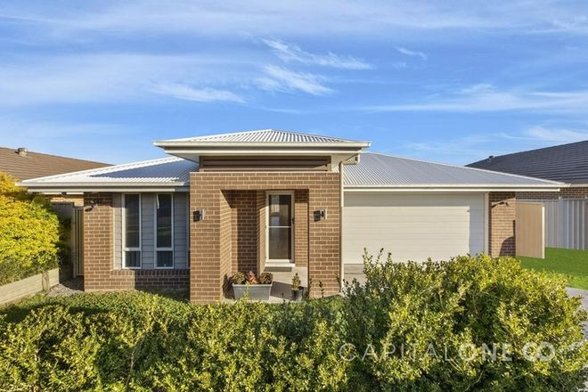 Picture of 23 Menindee Avenue, BLUE HAVEN NSW 2262