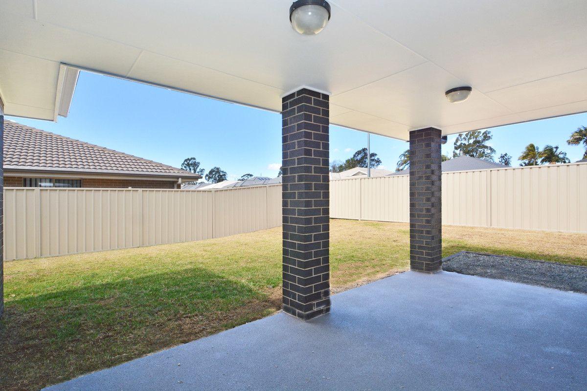 8 Honeymyrtle Street, Thornton NSW 2322, Image 5