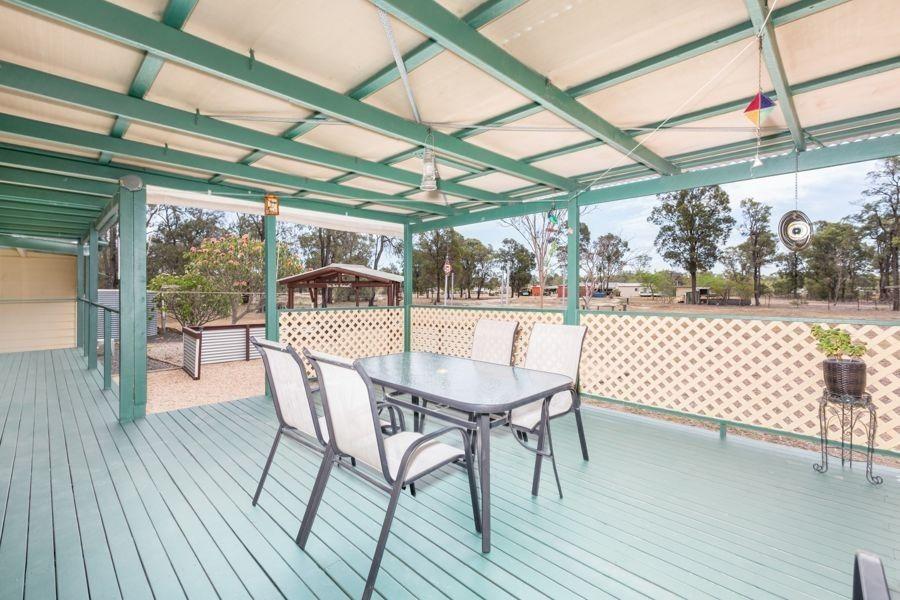 7 Primrose Place, Regency Downs QLD 4341, Image 2