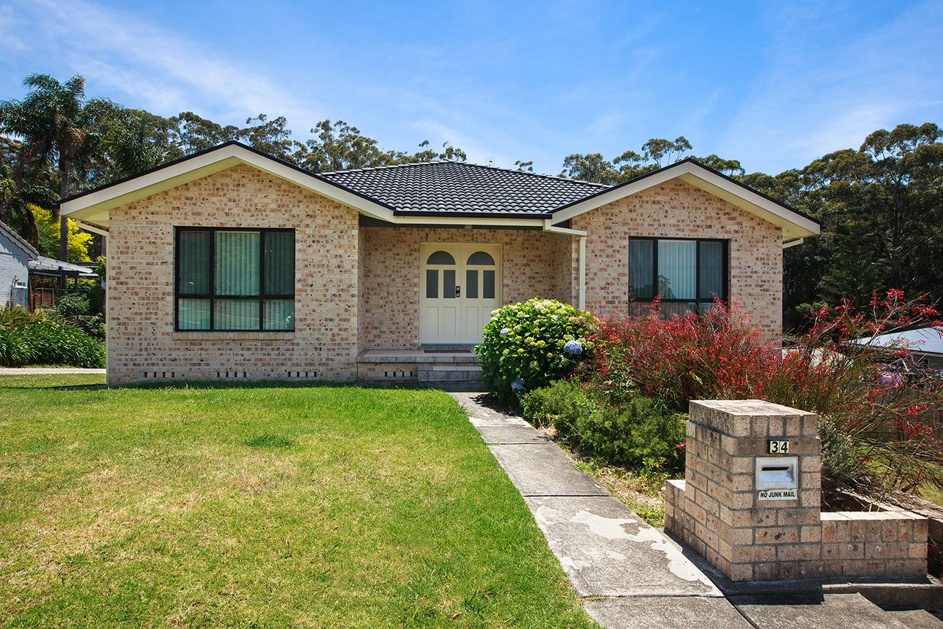 34 Oxley Crescent, Mollymook NSW 2539, Image 0