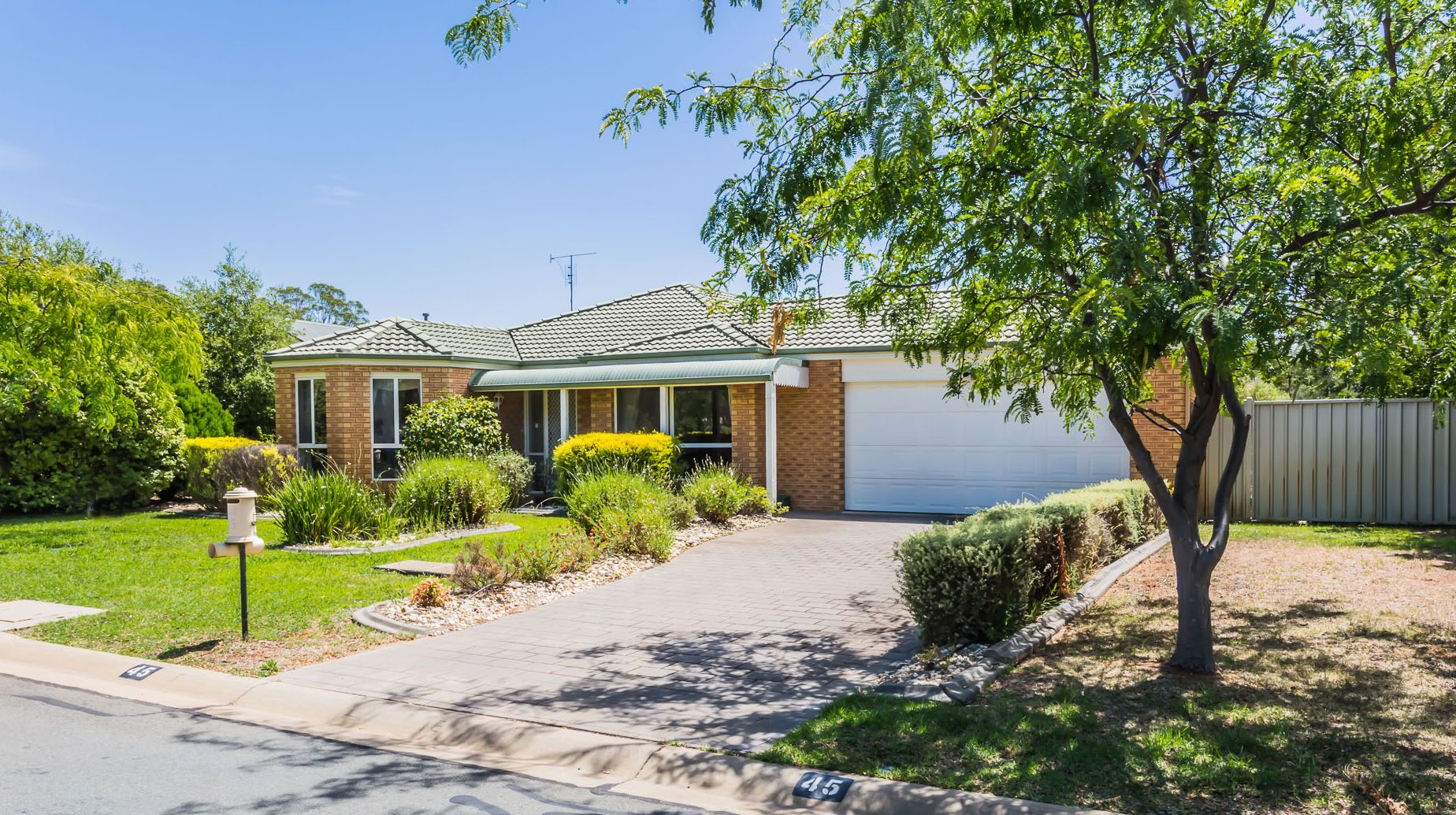 45 Kingfisher  Drive, Moama NSW 2731, Image 2