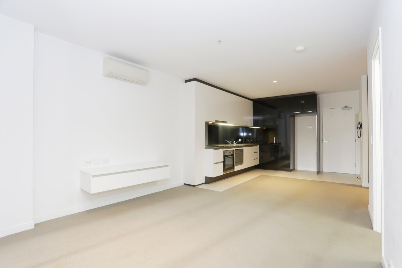 1502/639 Lonsdale Street, Melbourne VIC 3000, Image 2