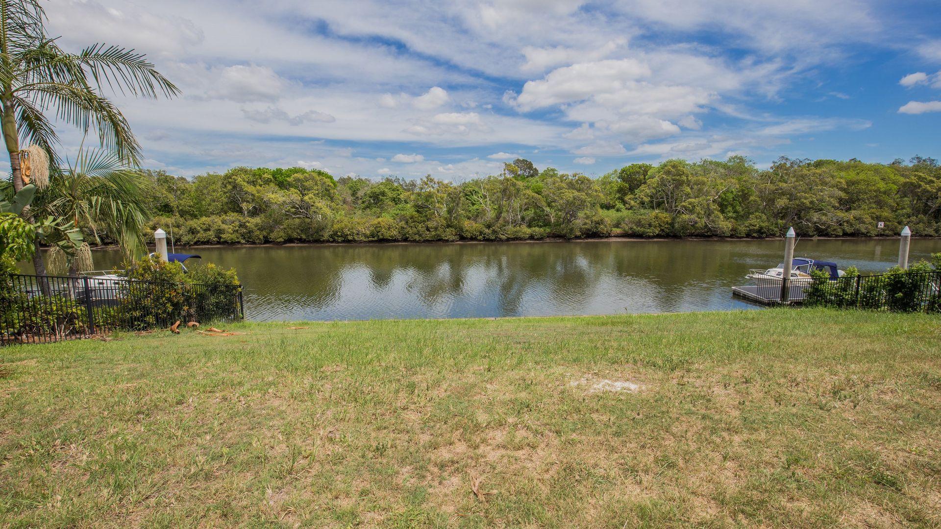 2347 Cressbrook Drive, Hope Island QLD 4212, Image 1