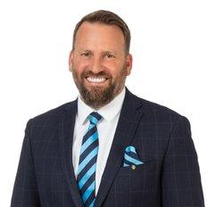 Ben Bernacki, Sales representative
