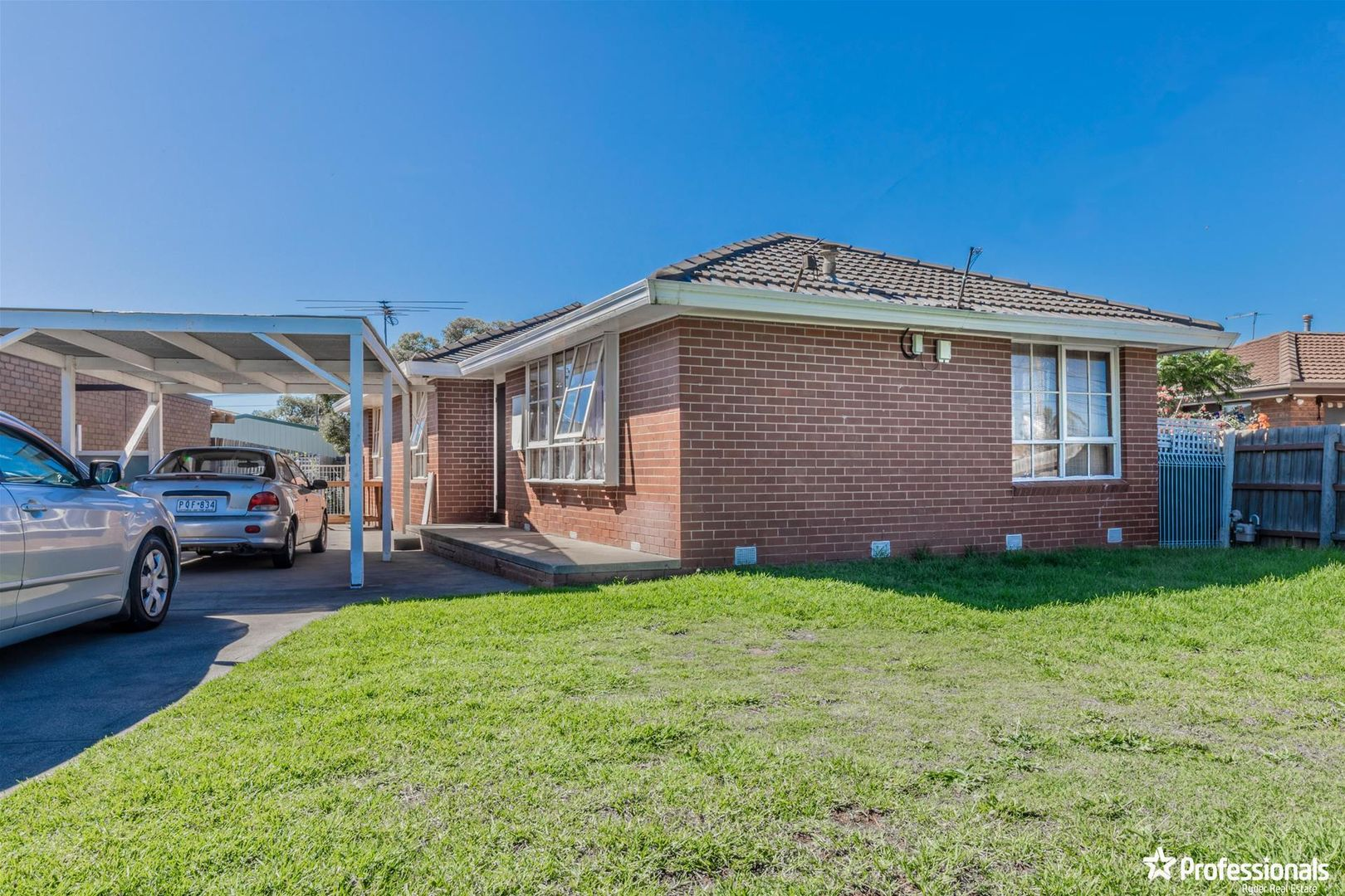 15 Eaton Street, Melton South VIC 3338, Image 0