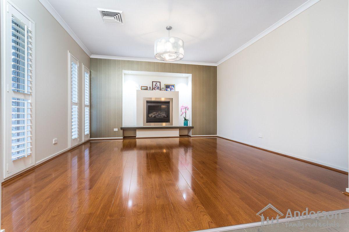 7 Gleeson Street, North Lakes QLD 4509, Image 2