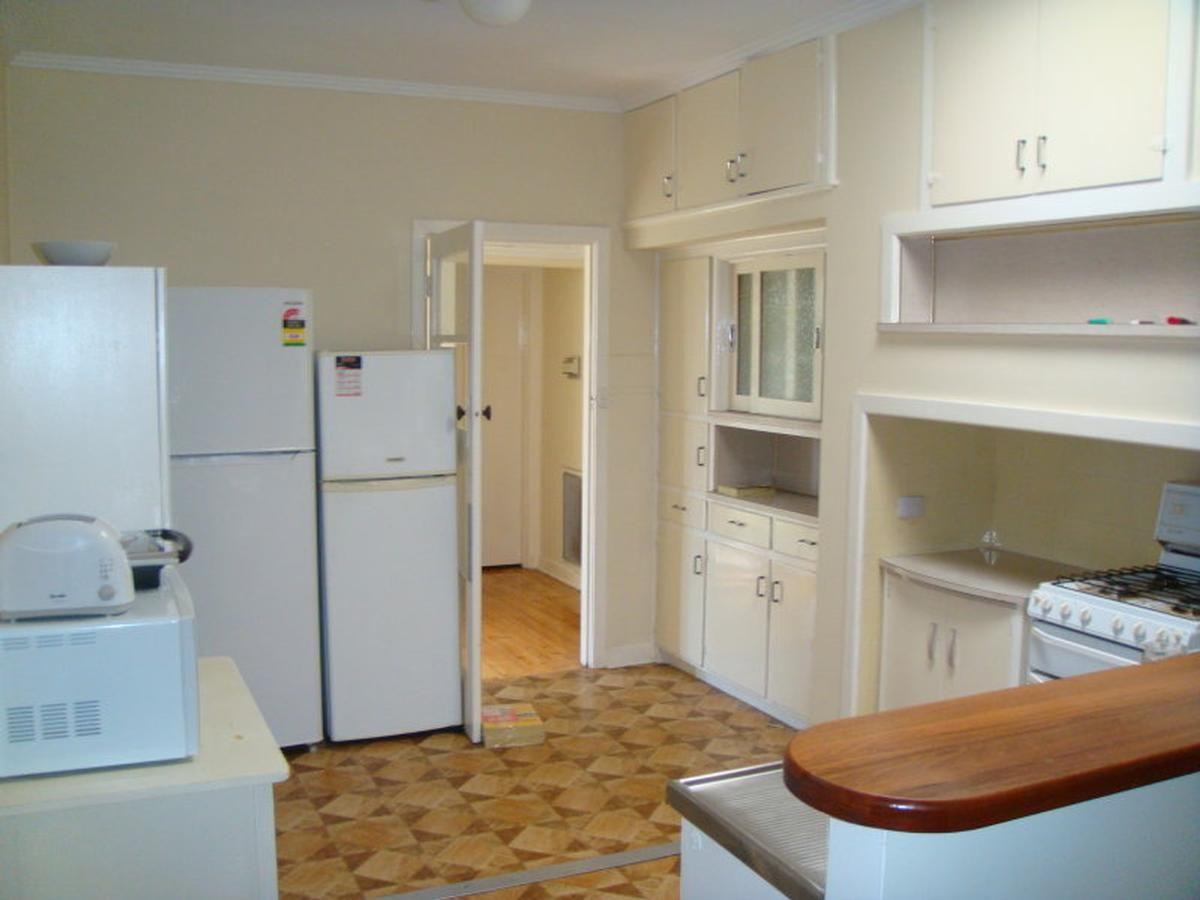 Room 3/19 Parer Street, Oakleigh VIC 3166, Image 0