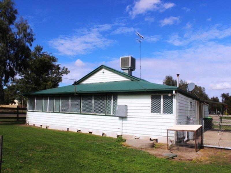 112 Simpson Street, Boggabilla NSW 2409, Image 2