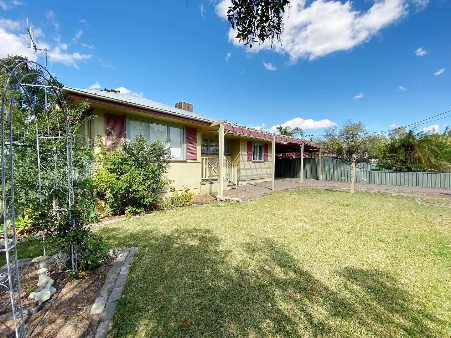 13 Glen St, Warren NSW 2824, Image 0