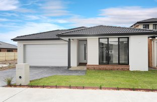 Picture of 13 Chestnut Avenue, Clyde VIC 3978