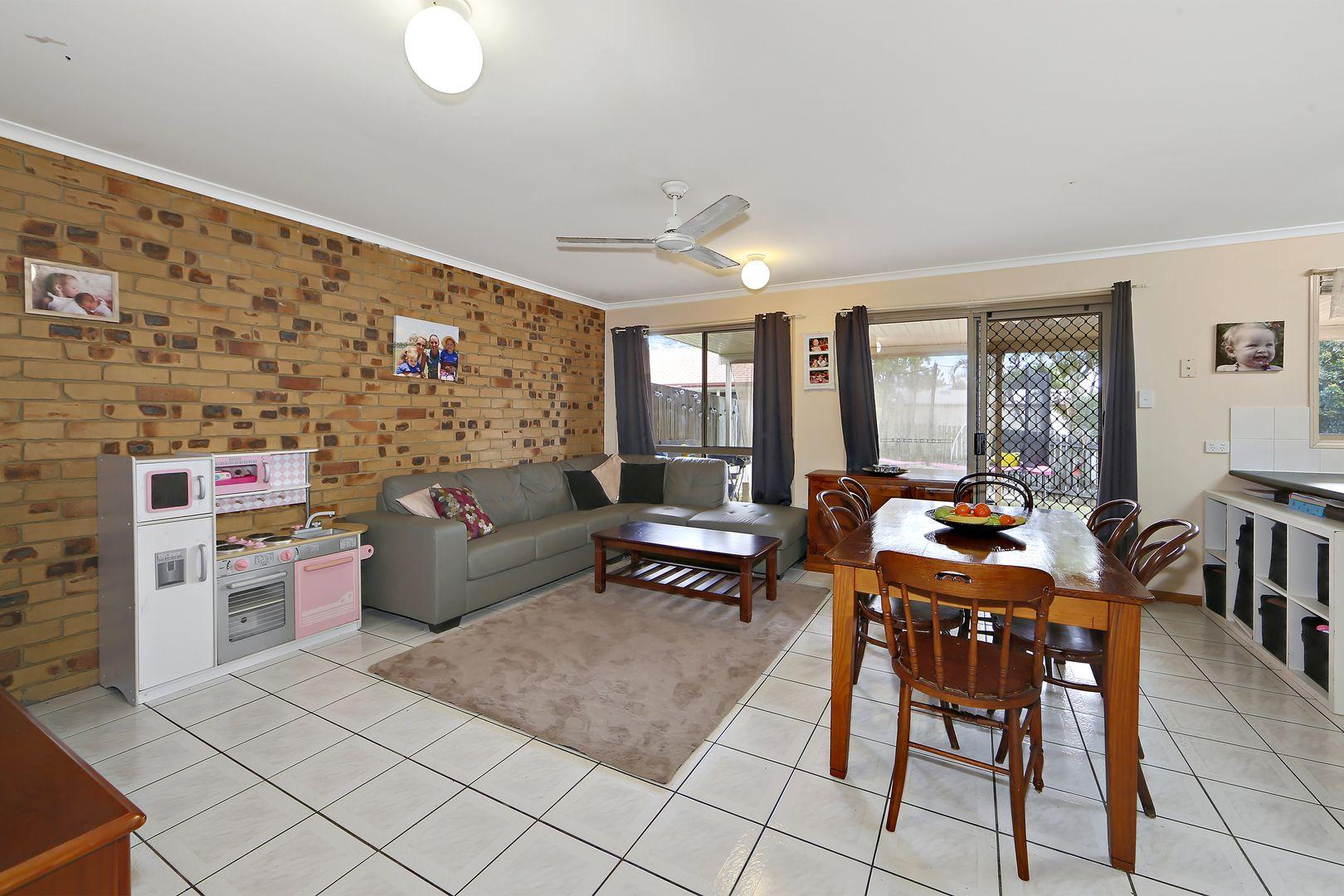 5 Ian Avenue, Kawungan QLD 4655, Image 2