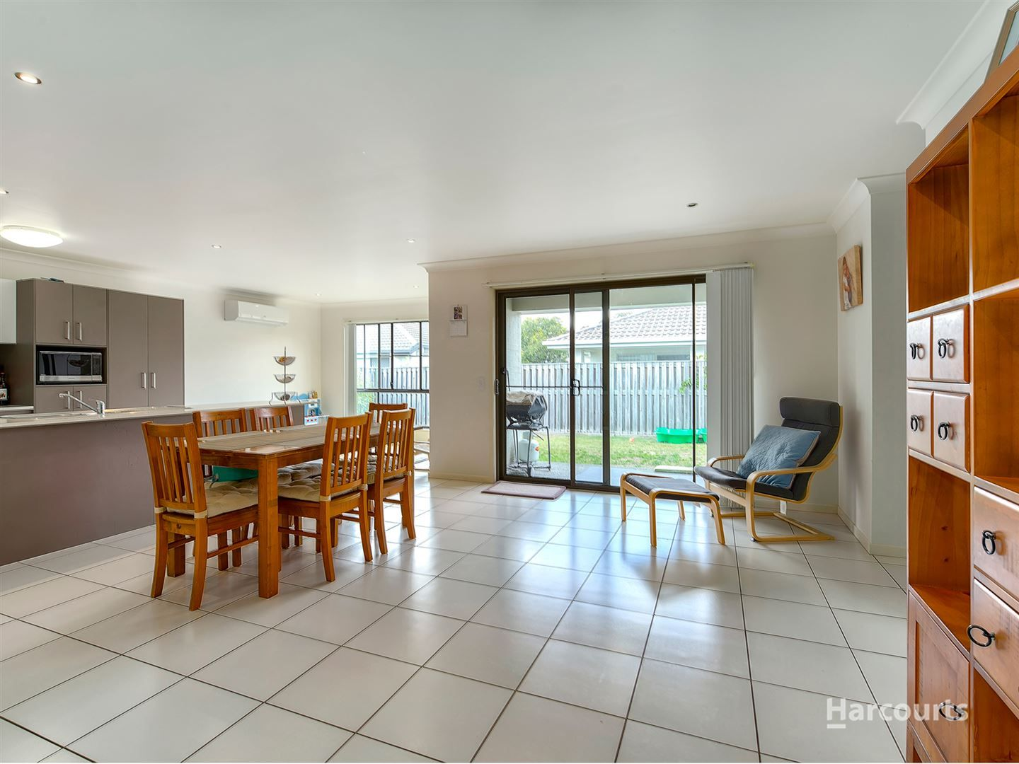 6 Sackville Close, Fitzgibbon QLD 4018, Image 2