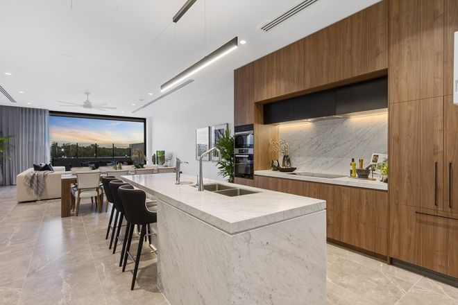Picture of 8/2 Marina Promenade, PARADISE POINT QLD 4216
