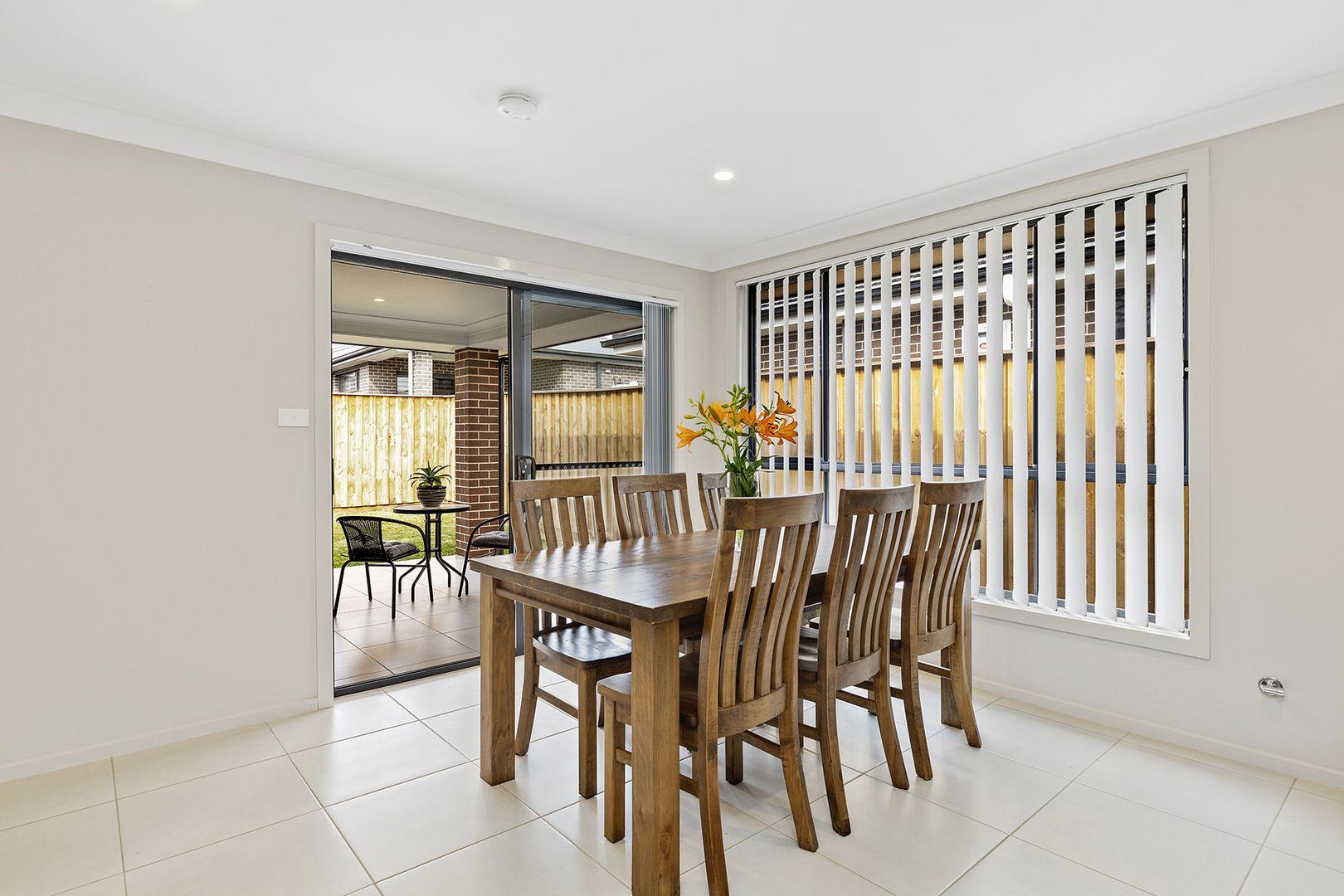 63 Kingsman Avenue, Elderslie NSW 2570, Image 2