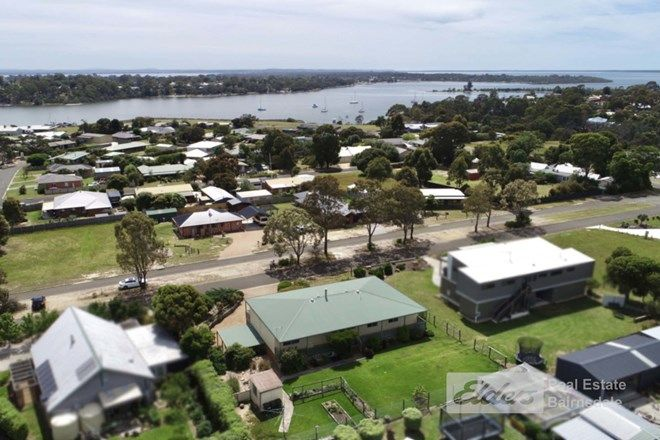 Picture of 36 Colony Club Drive, NEWLANDS ARM VIC 3875