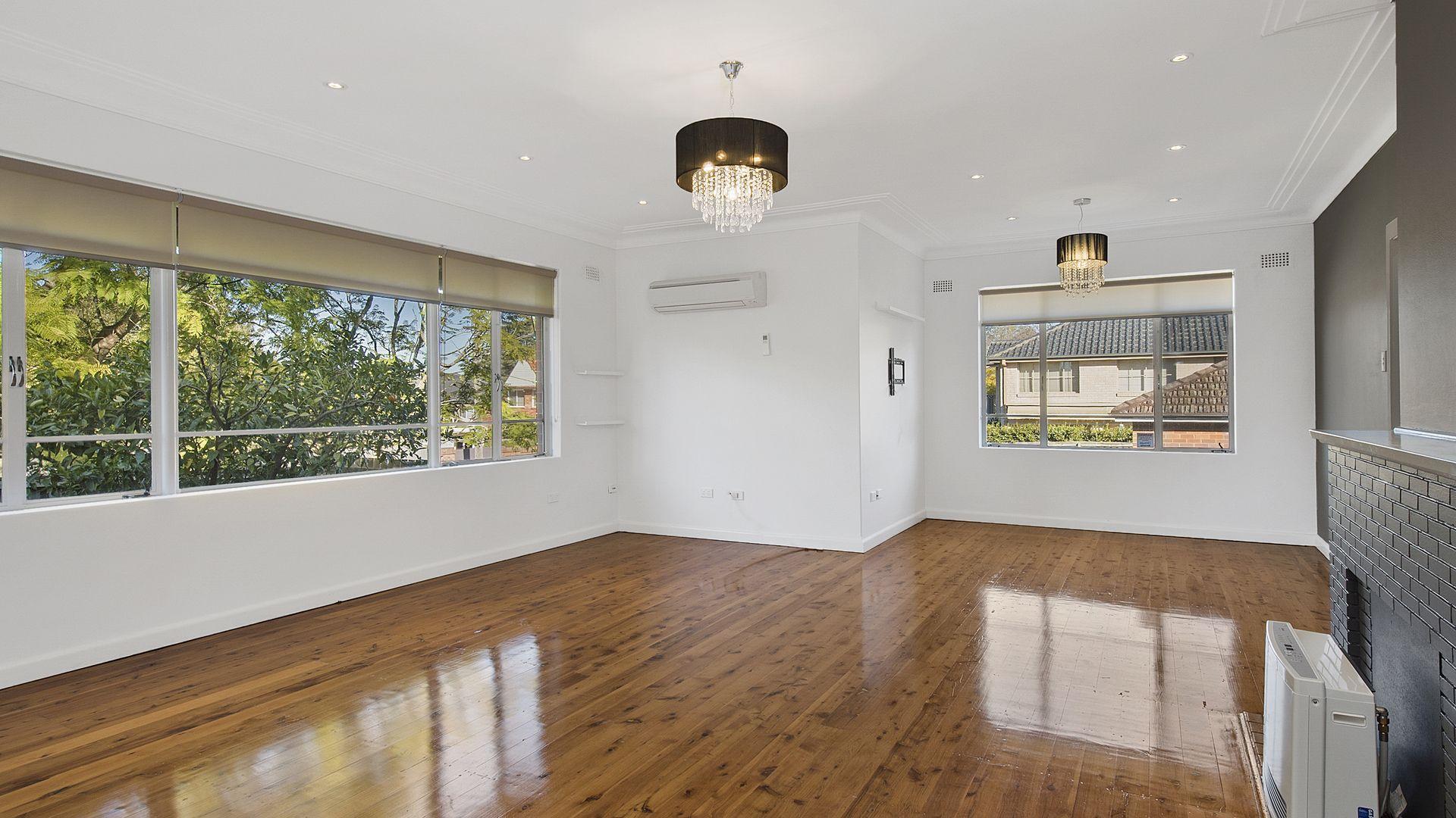 90 Killeaton Street, St Ives NSW 2075, Image 2