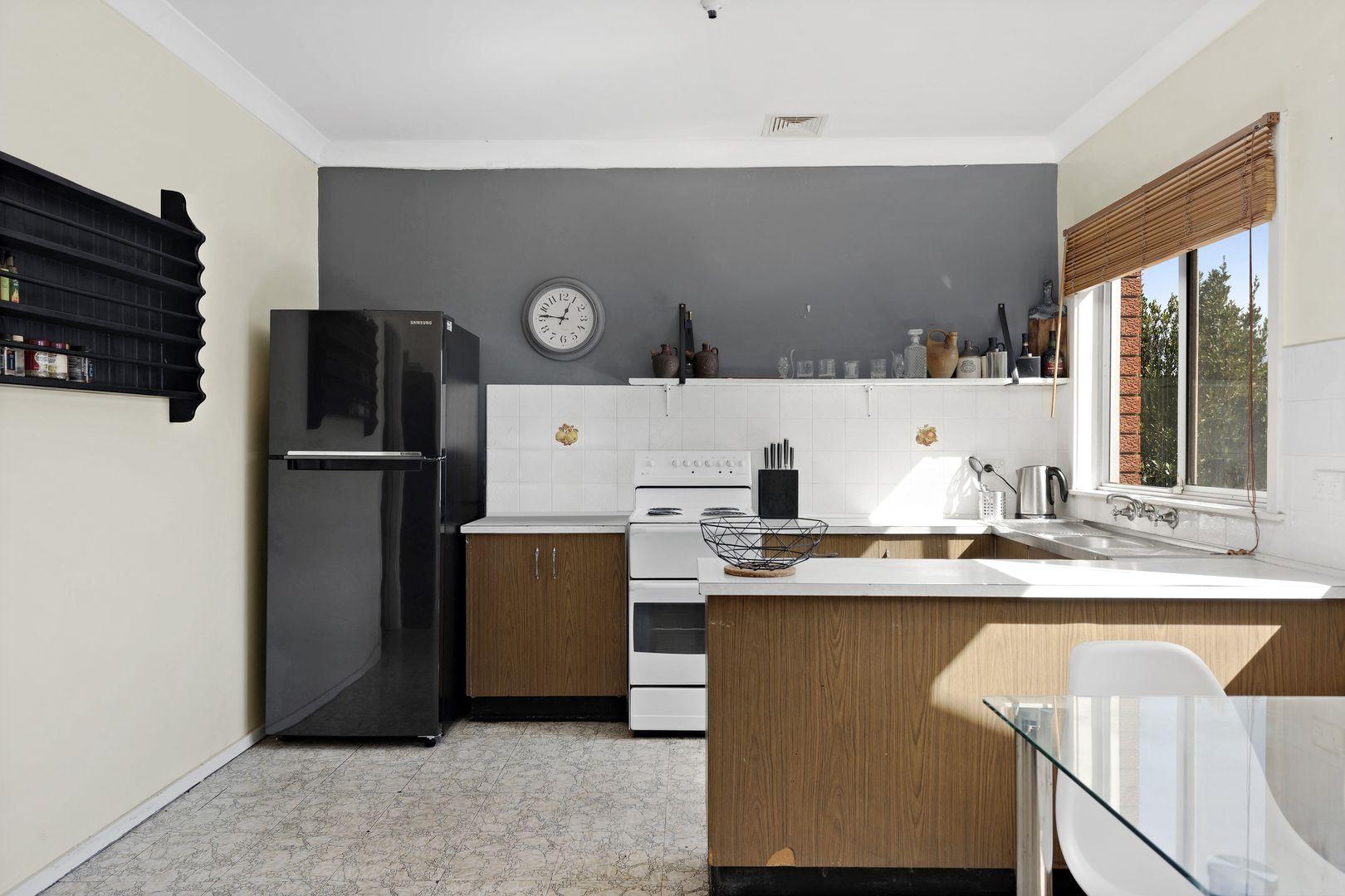 2/30 Jackson Avenue, Warrawong NSW 2502, Image 1
