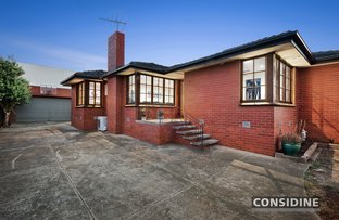 Picture of 13 Tasman Ave, Strathmore Heights VIC 3041