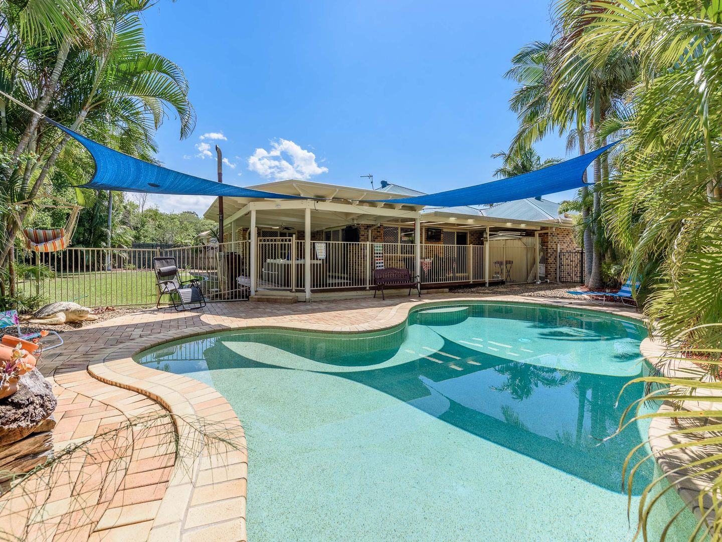5 Corringle Close, Helensvale QLD 4212, Image 0