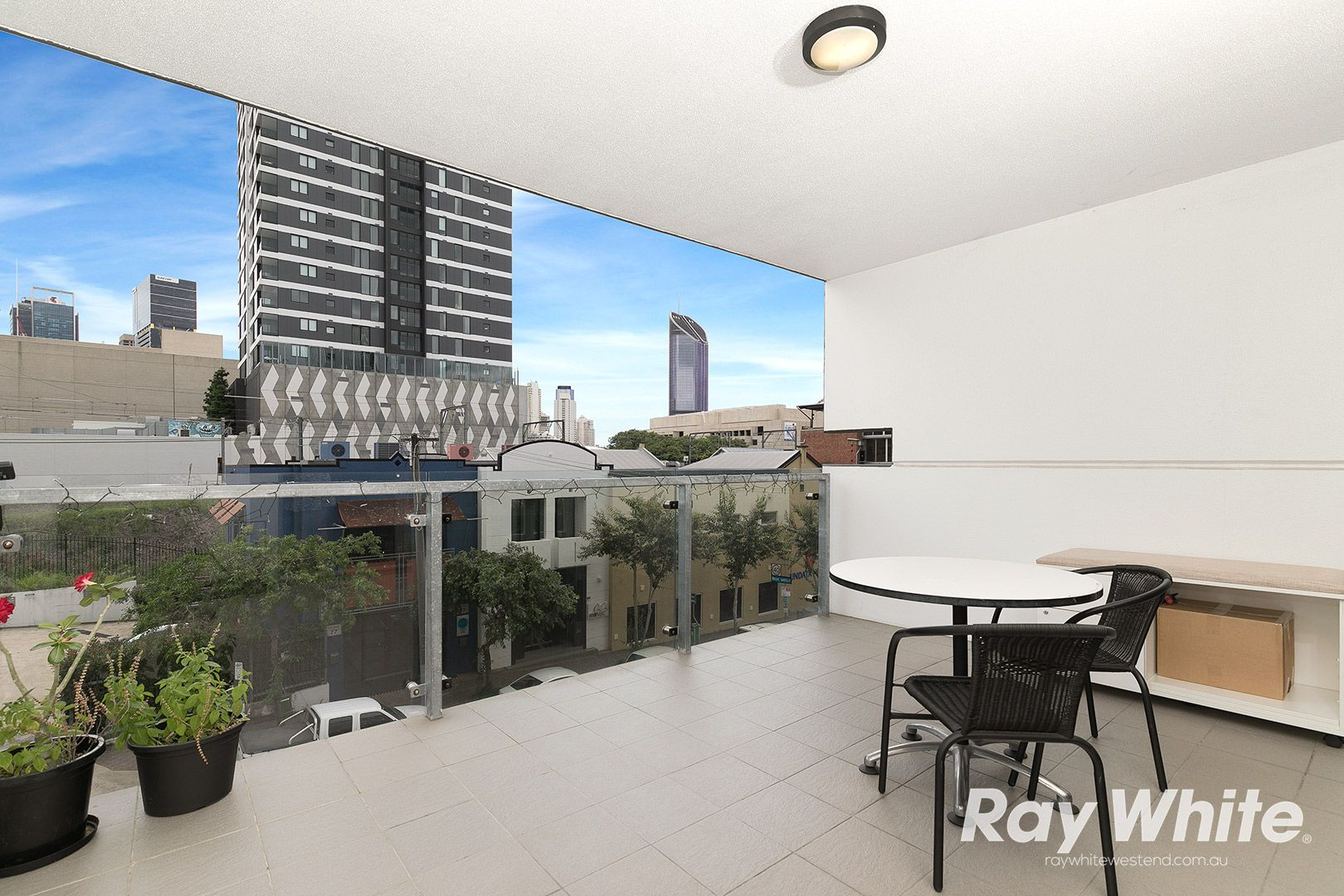 9/70 Hope Street, South Brisbane QLD 4101, Image 2