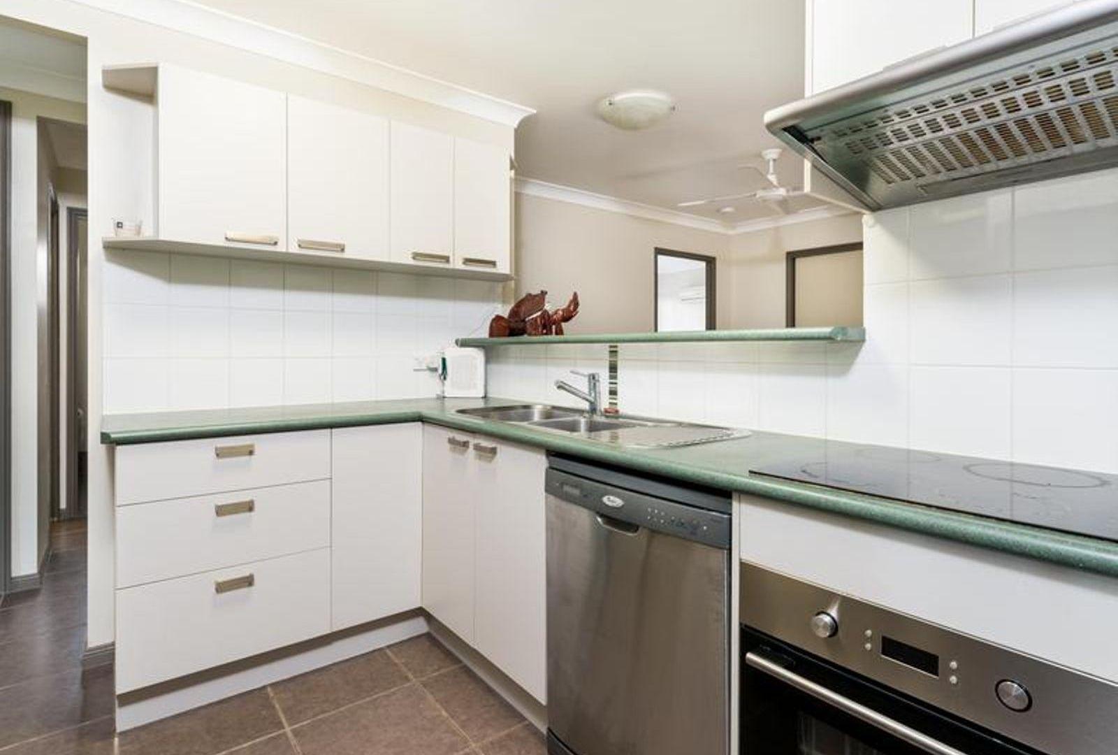3 Keppel Place, Bentley Park QLD 4869, Image 2