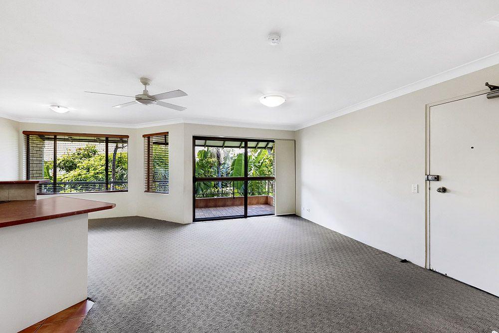 8/21 Burleigh Street, Burleigh Heads QLD 4220, Image 2