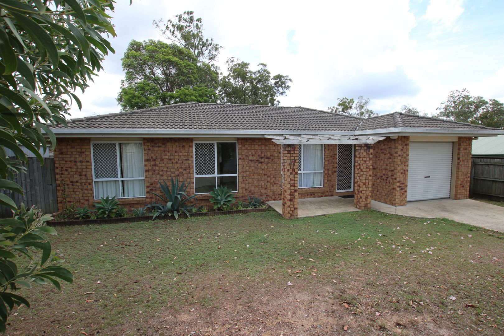 43 Packett Crescent, Loganlea QLD 4131, Image 0