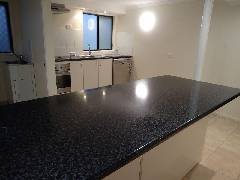 8/107 Grendon Street, North Mackay QLD 4740, Image 0