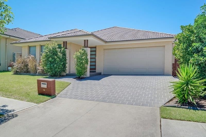 10 Red Ash Avenue, Mount Annan NSW 2567, Image 0