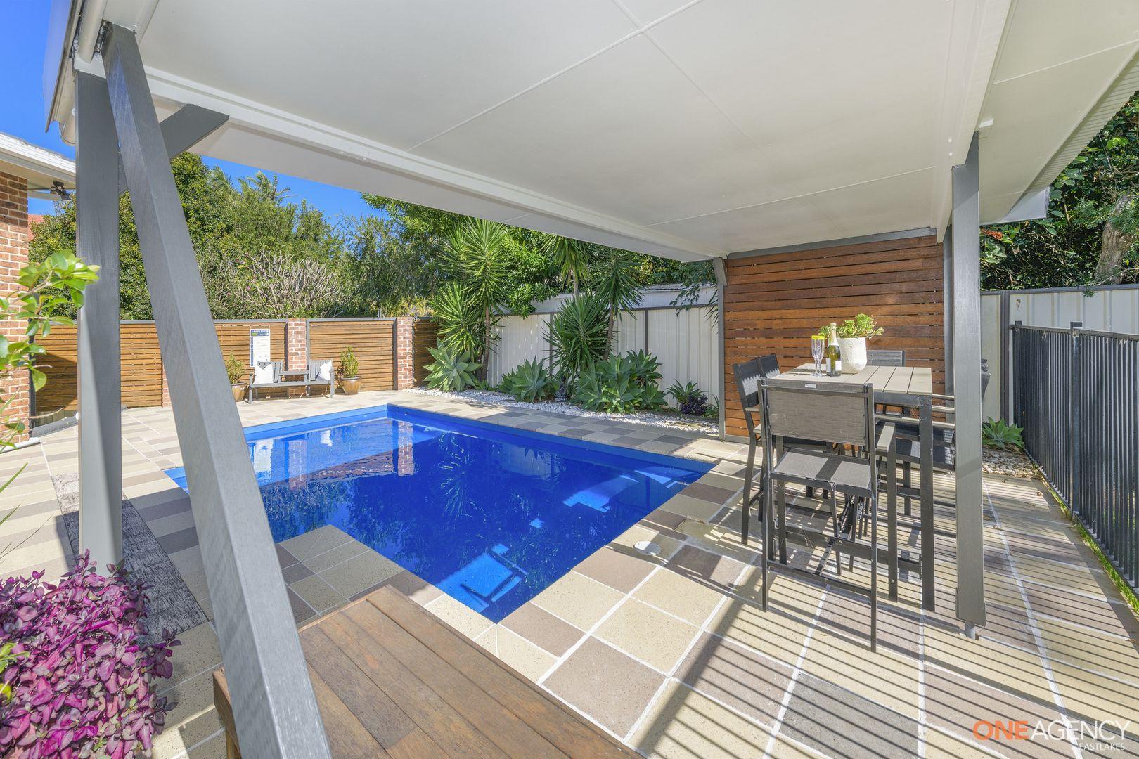 24 Brigantine Place, Caves Beach NSW 2281, Image 2