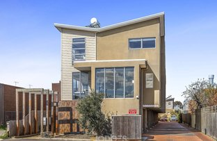 Picture of 1/6 Rosamond Road, Maidstone VIC 3012