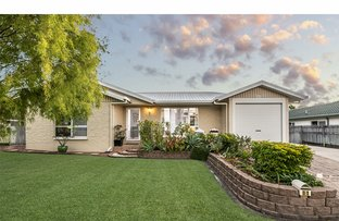 Picture of 11 St Ives Street, Mount Louisa QLD 4814
