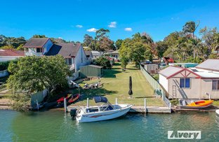 Picture of 21 Brougham Avenue, Fennell Bay NSW 2283