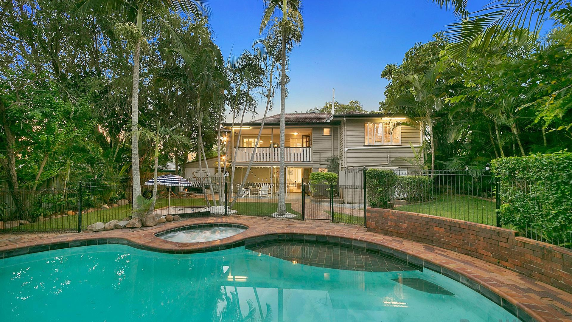 5 Hamel Road, Holland Park West QLD 4121, Image 1