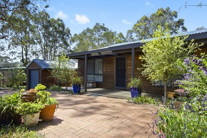 Picture of 4 Crest Crescent, MORUYA HEADS NSW 2537