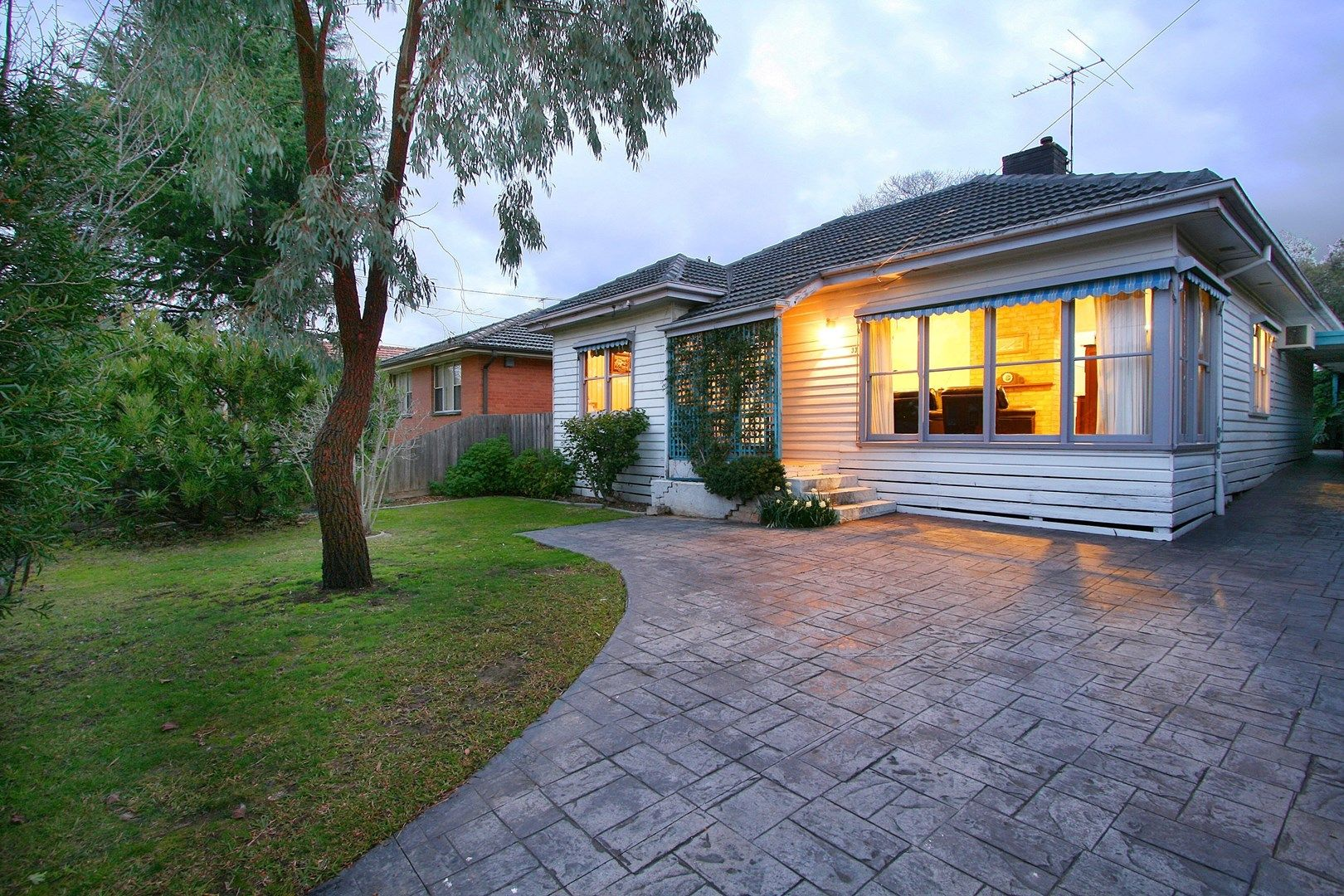 33 Cameron Road, Box Hill North VIC 3129, Image 0