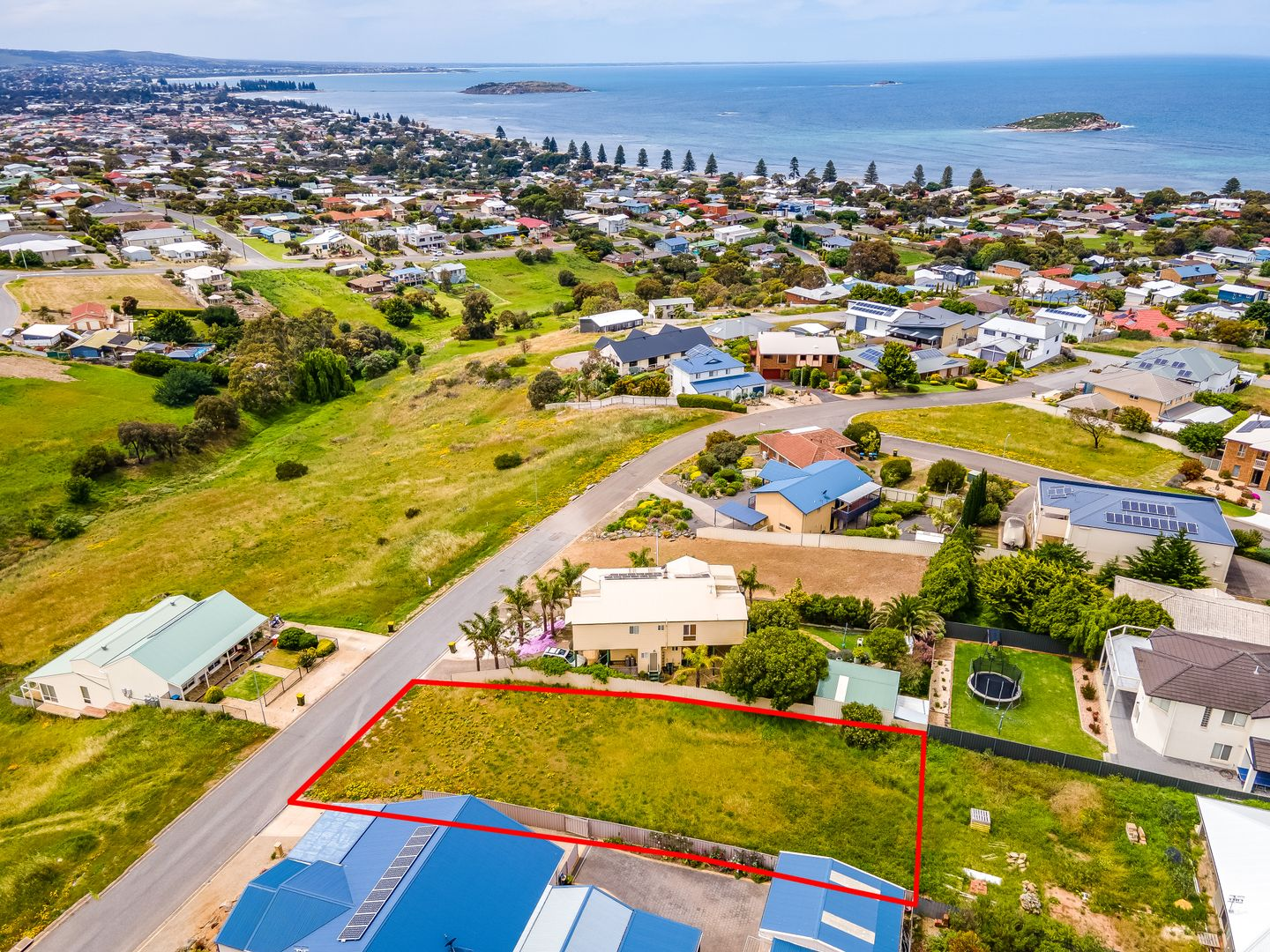 13 BOLGER WAY, Encounter Bay SA 5211, Image 0