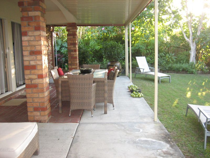 63 Paddington Drive, Carrara QLD 4211, Image 1