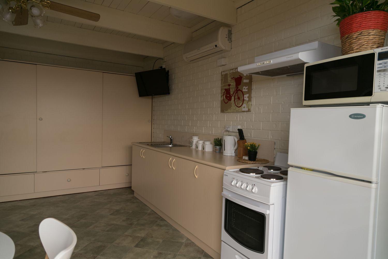 1097 Waugh Road, North Albury NSW 2640, Image 2