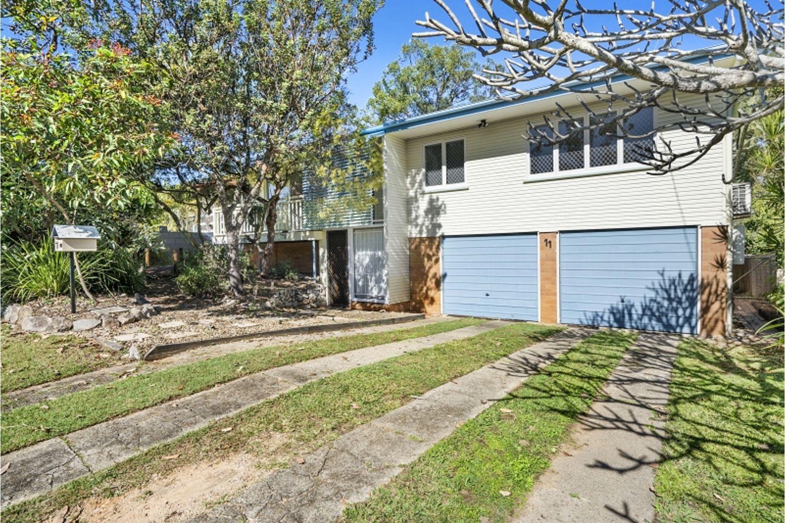 11 Burloo Crescent, Ferny Hills QLD 4055, Image 0