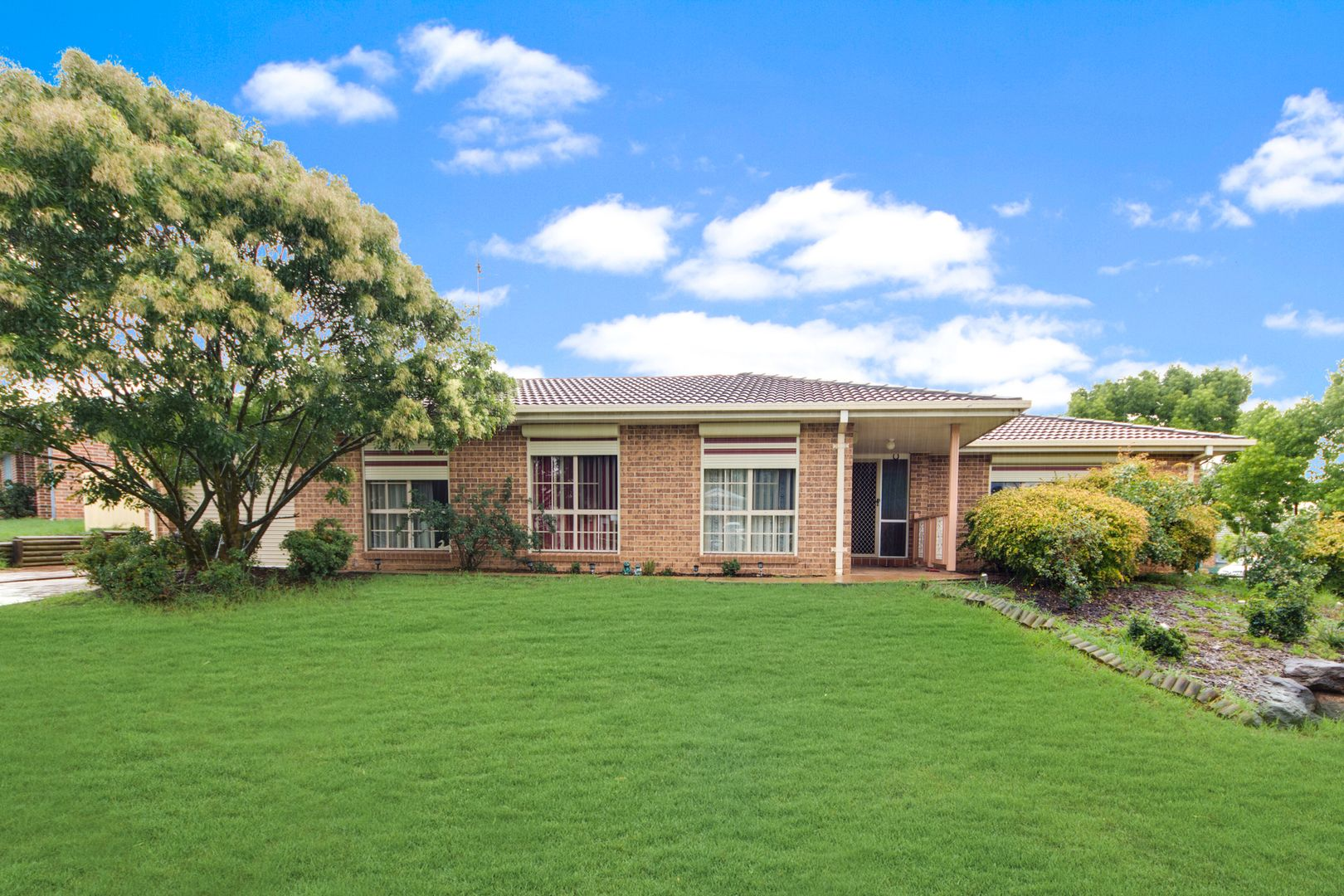 25 Orchid Place, Macquarie Fields NSW 2564, Image 0