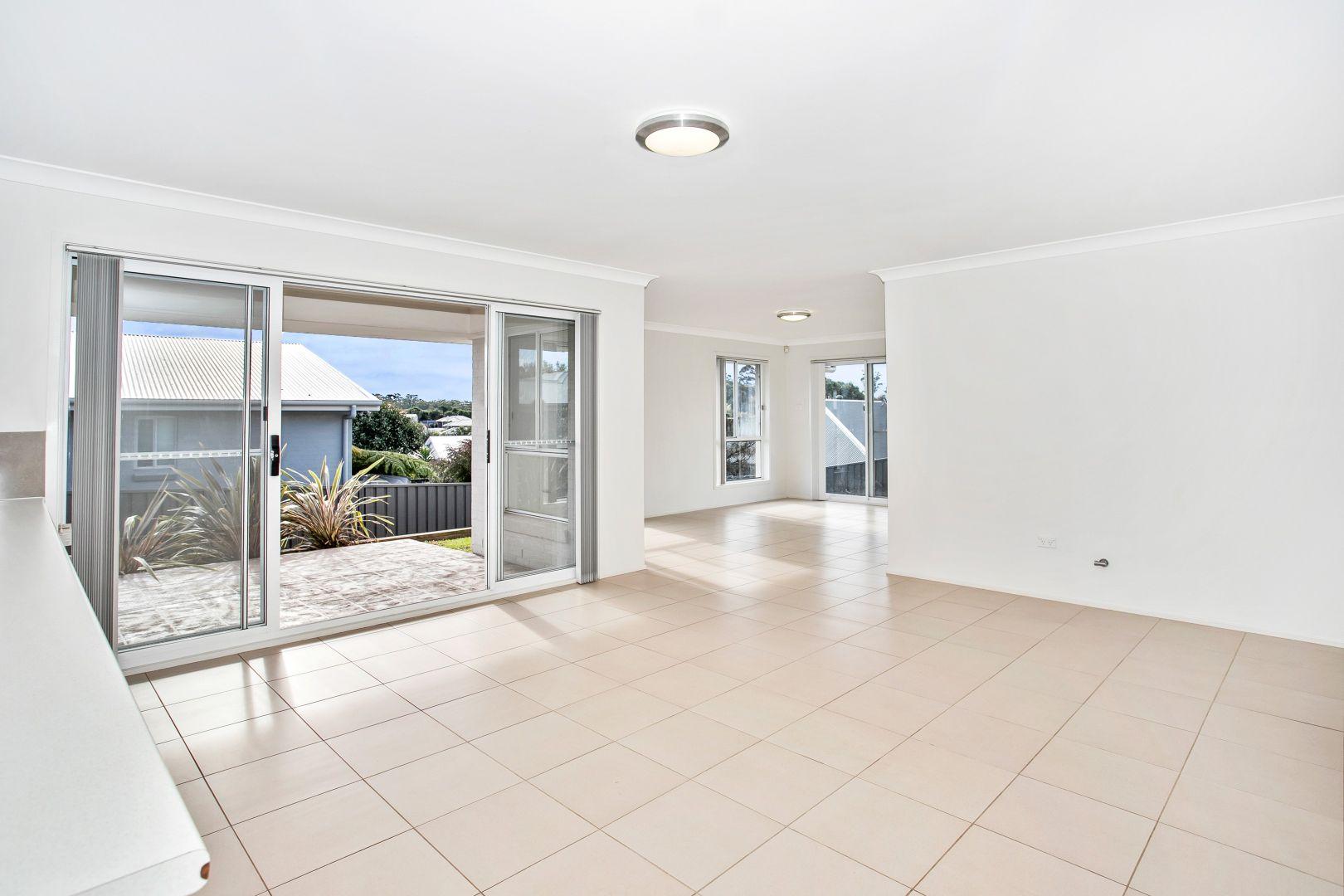11 Laurel Avenue, Ulladulla NSW 2539, Image 2