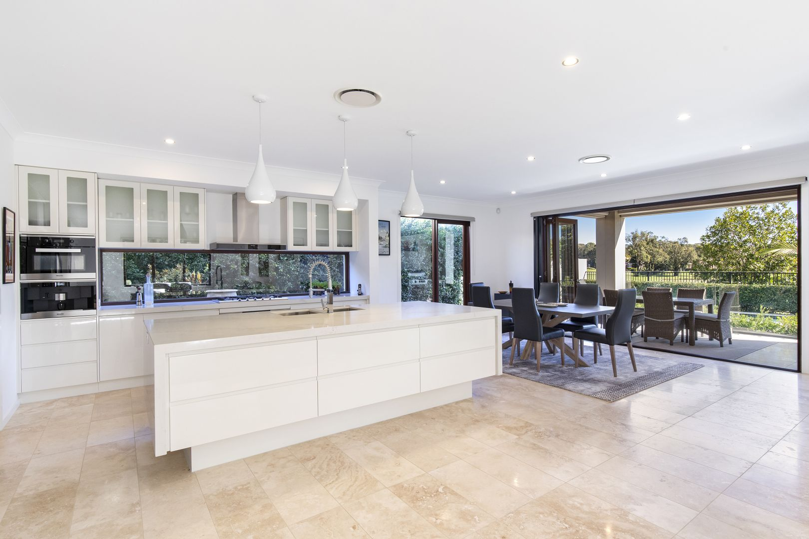 15 Springs Crescent, Noosa Heads QLD 4567, Image 0