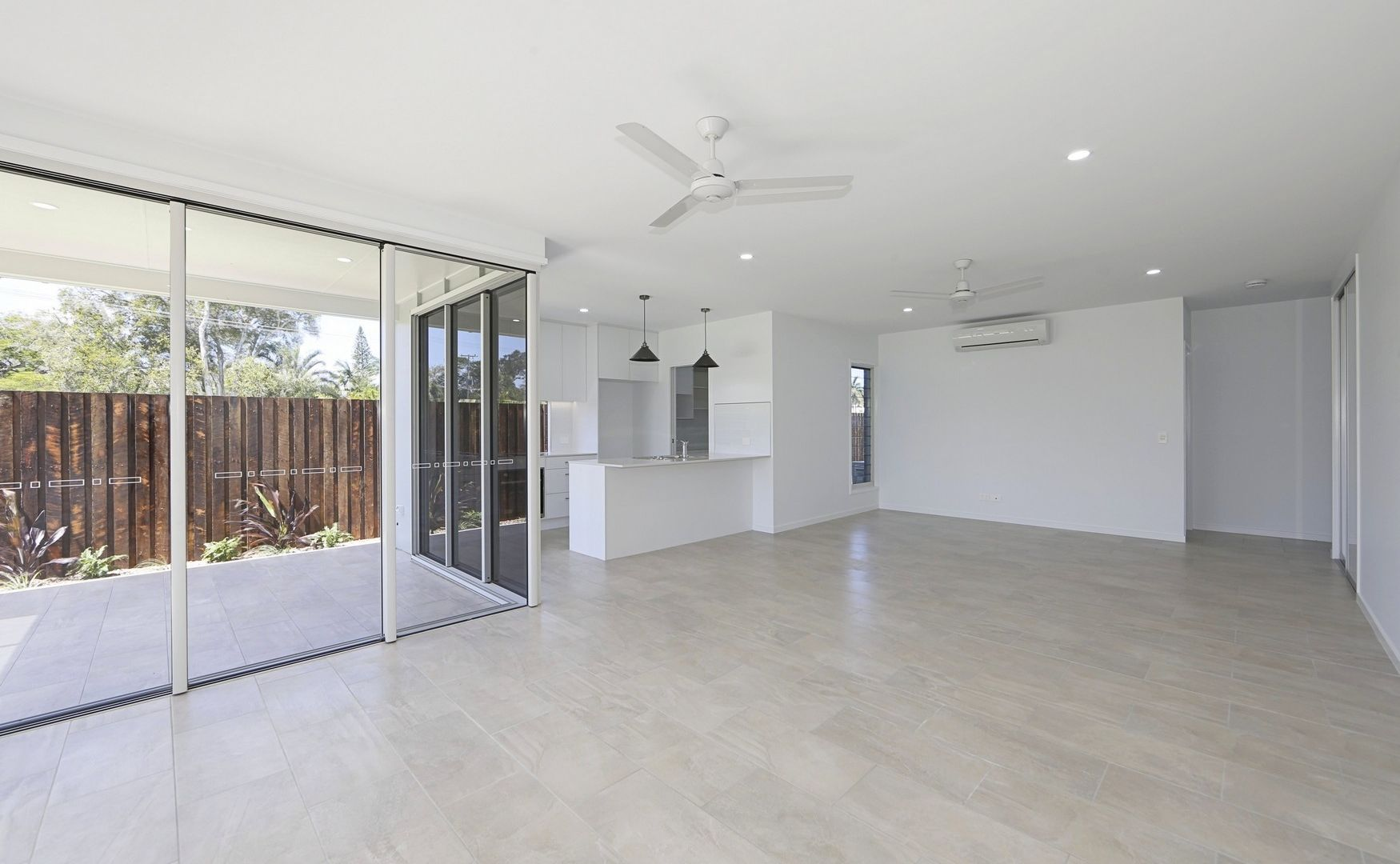 25 Durdins Rd, Bargara QLD 4670, Image 2