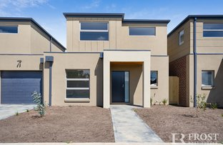 Picture of 15 Mulwala Drive, Doreen VIC 3754