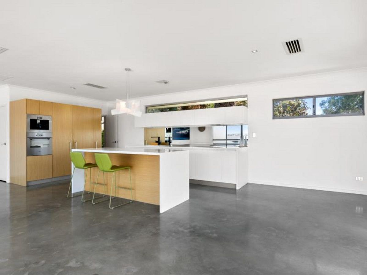97a Rome Road, Melville WA 6156, Image 2