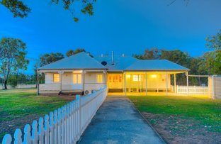 Picture of 4 Windsor Place, Miles QLD 4415