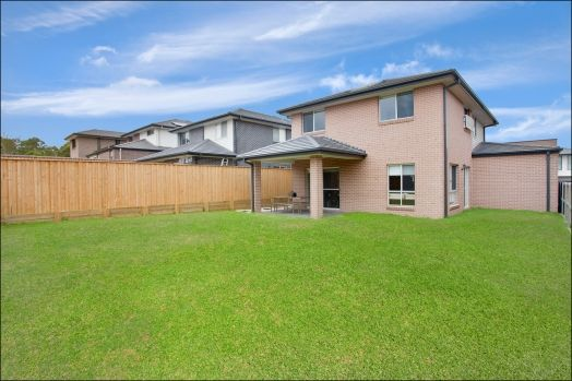 7 Barzona Street, Beaumont Hills NSW 2155, Image 1